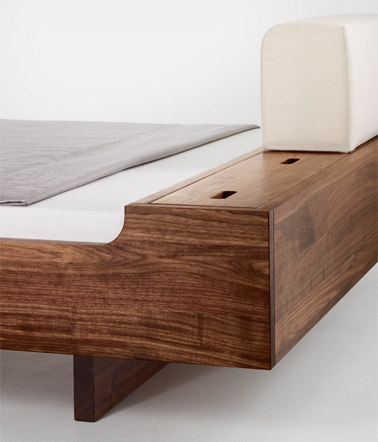 COM:CA bed by Holzmanufaktur | Double beds