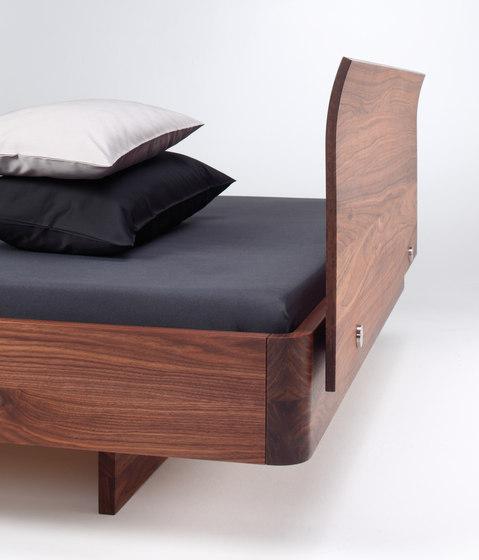 COM:CI Bett von Holzmanufaktur | Doppelbetten