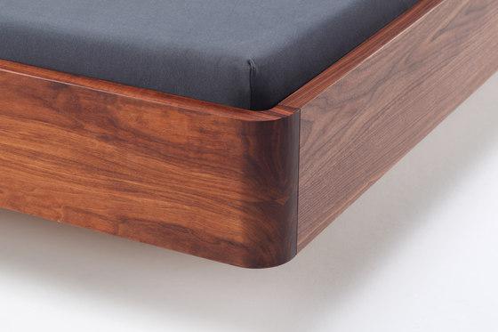 COM:CI cama de Holzmanufaktur | Camas dobles