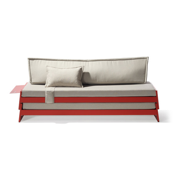 Lönneberga stacking bed by Richard Lampert | Kids beds