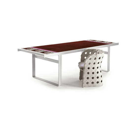 Canasta by B&B Italia | Dining tables