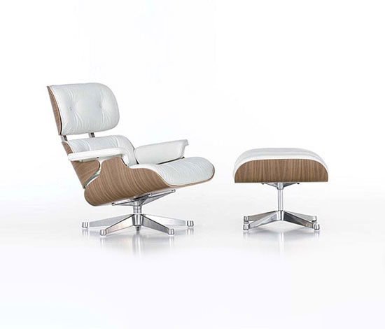 Lounge Chair & Ottoman di Vitra | Poltrone lounge