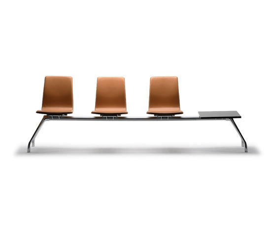 Gorka Bench hide upholstered de AKABA | Bancadas