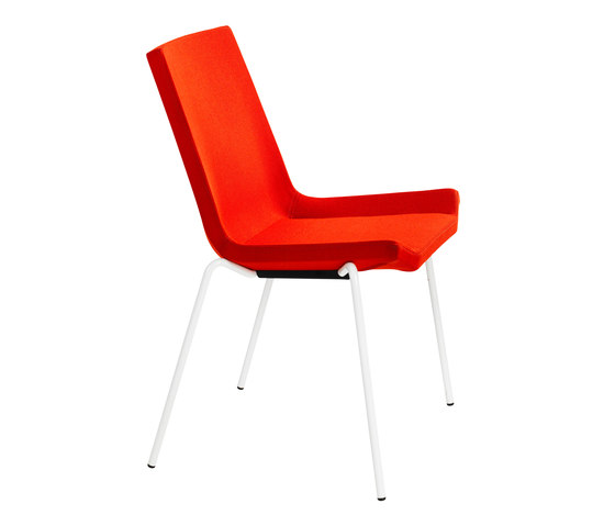Happy stackable chair di Swedese | Sedie multiuso