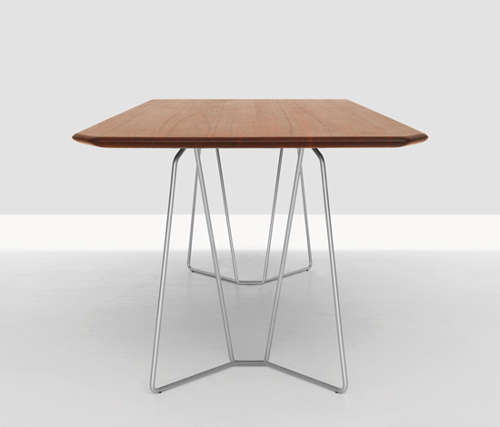 Soda by Zeitraum | Dining tables