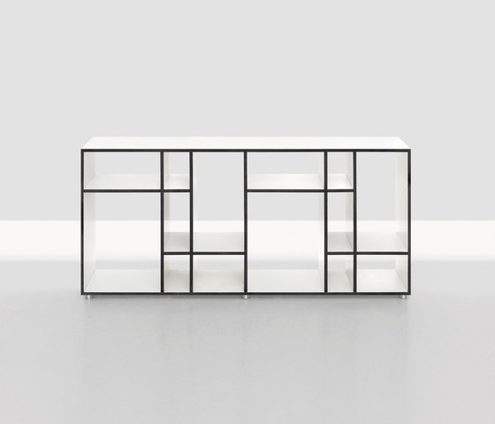Code 4 by Zeitraum | Shelving systems