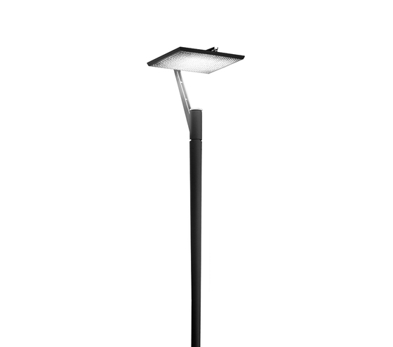 Faro 960 Pole mounted luminaire by Hess | Path lights