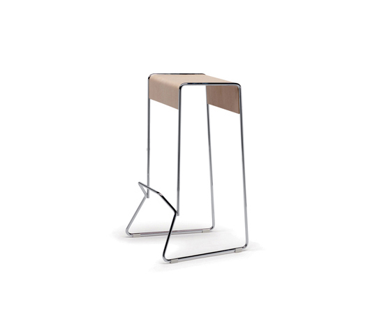 Gràcia Stool by Mobles 114 | Bar stools