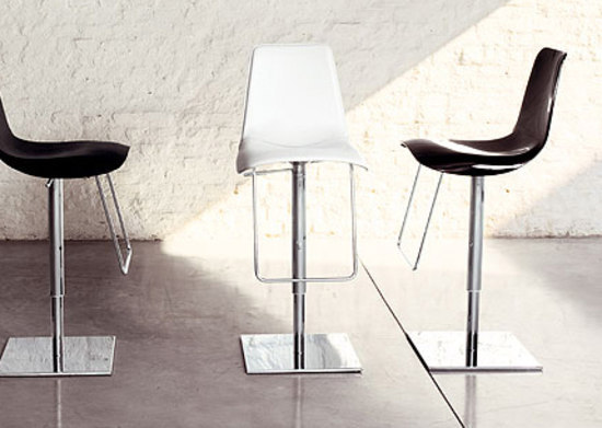 Lei Hi by Bonaldo | Bar stools