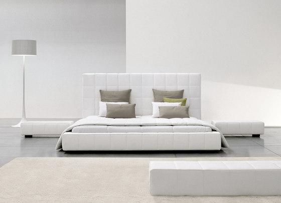 Squaring Alto by Bonaldo   Double beds