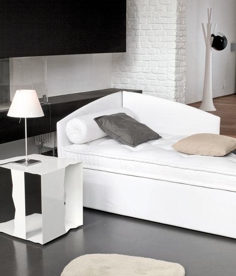 Titti by Bonaldo | Single beds