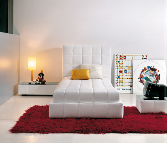 Squaring Alto by Bonaldo | Single beds