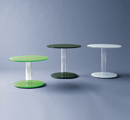 Hub occasional table by Glas Italia | Side tables
