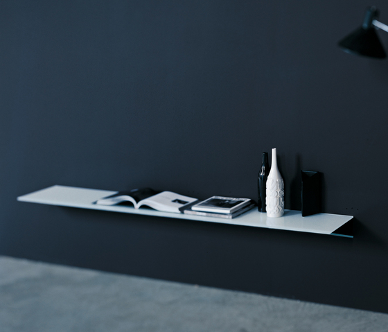 On by Glas Italia | Shelves
