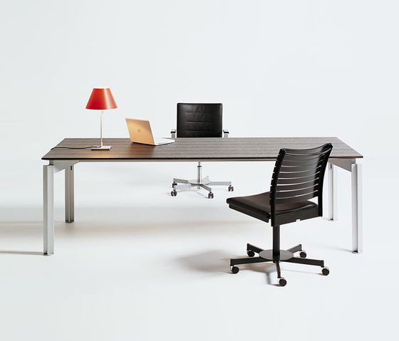 H2O by BULO | Executive desks