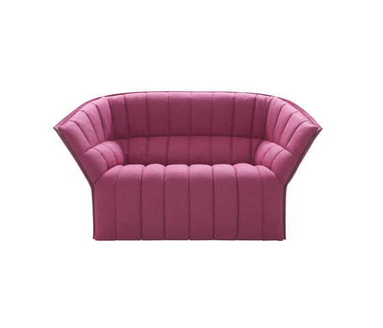 Moël small settee by Ligne Roset | Sofas