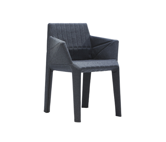 Facett Armlehnstuhl von Ligne Roset | Stühle