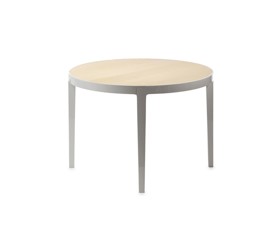 Bond dining table by Gärsnäs | Restaurant tables