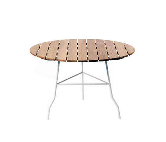 Pia table by Gärsnäs | Dining tables