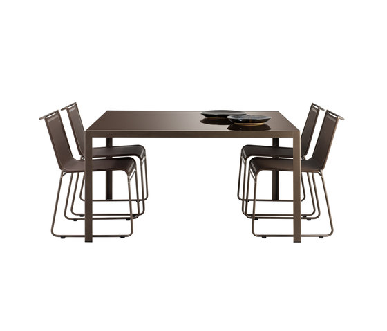 Dats 74 table by Bivaq | Dining tables