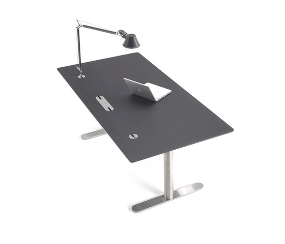 eZone by onecollection | Individual desks