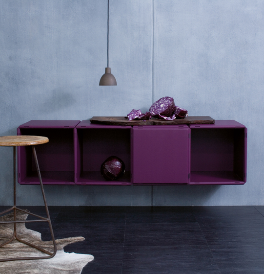 q18_deep purple by qubing.de | Shelving