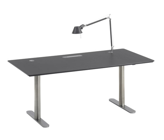 eZone by onecollection | Desking systems