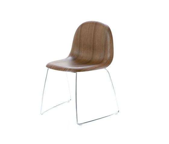 Gubi Chair – Sledge Base by GUBI | Multipurpose chairs