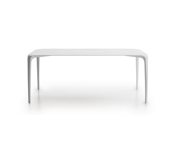 Link by B&B Italia | Dining tables