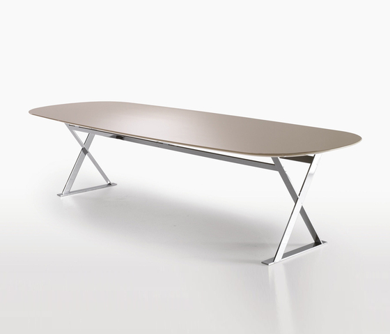 Pathos by Maxalto | Dining tables
