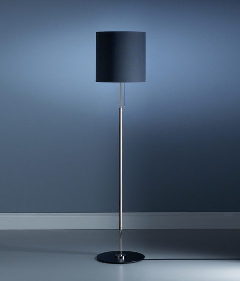 STLWS floor lamp by Tecnolumen | General lighting