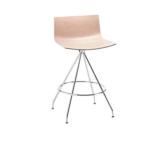 Catifa 46 | 0492 by Arper | Bar stools