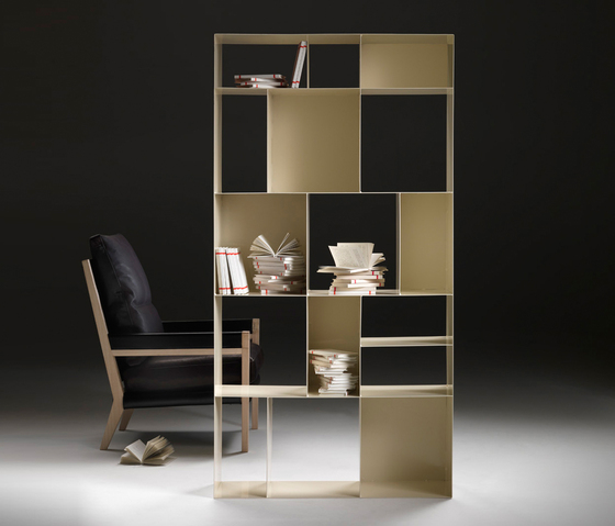 Container by Flexform | Shelves
