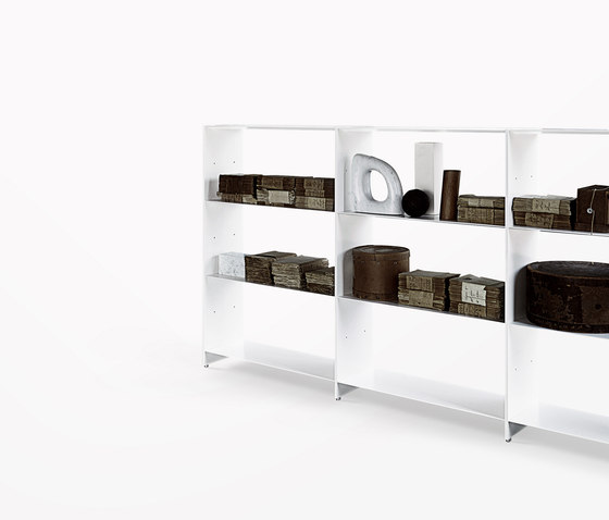 Fill bookcase system by Desalto | Shelving