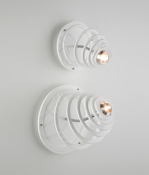 Anemon Wall or Ceiling Spotlight di Quasar | Faretti a soffitto