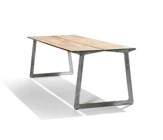 Bird Table by Tribù | Dining tables