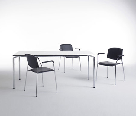 Pause table di Magnus Olesen | Tavoli mensa