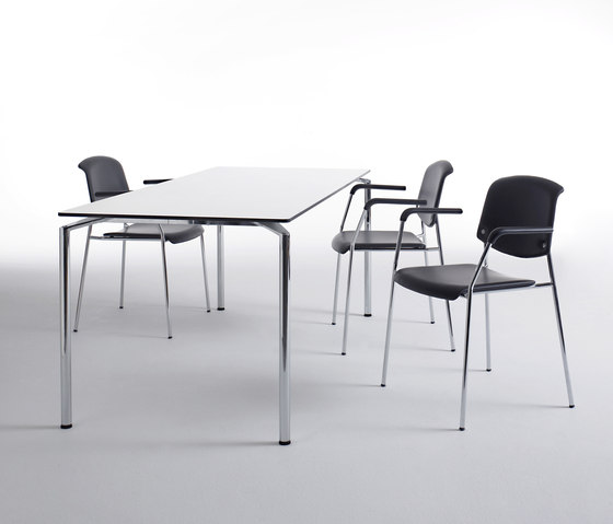 Pause table by Magnus Olesen | Canteen tables