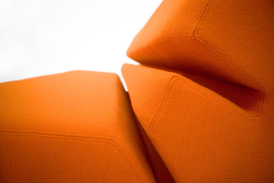 Evo Sofa von Nolen Niu | Sofas
