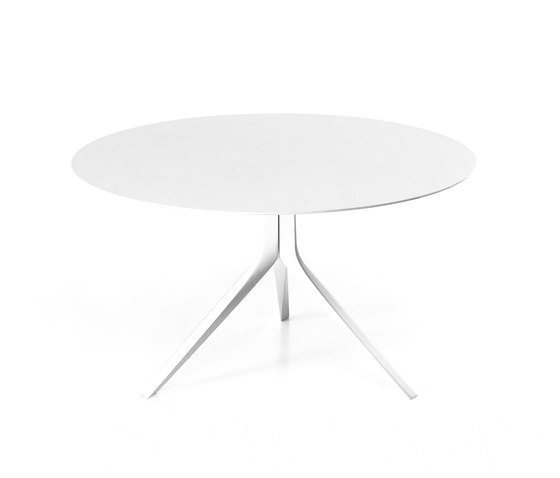 Oops Table by Kristalia | Restaurant tables