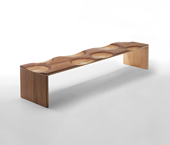 Ripples bench by HORM.IT | Waiting area benches