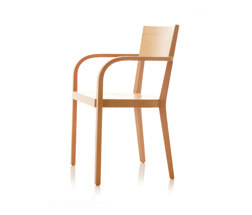 S12 chair with arms de B+W | Chaises