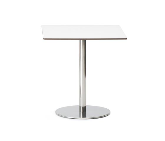 UNO_ESTERNO by FORMvorRAT | Cafeteria tables