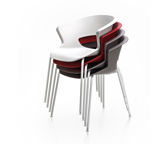 Zed 4 legs stackable in polypropylene by Maxdesign | Multipurpose chairs