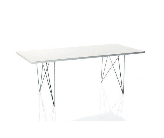 Tavolo XZ3 by Magis | Meeting room tables
