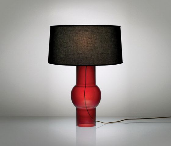Boa Table Lamp di Niche | Illuminazione generale