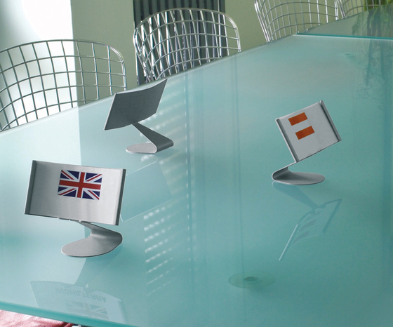Koala Desk by Caimi Brevetti | Table top displays