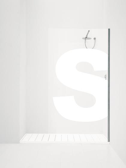 Orne Alfabeto/P by antoniolupi   Shower screens