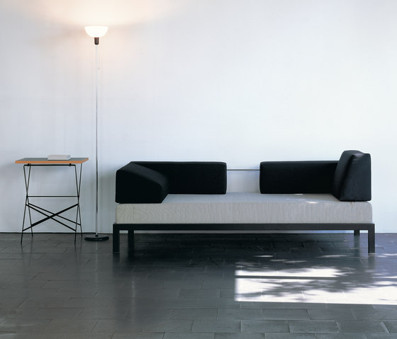 Sofa by Lehni | Day beds