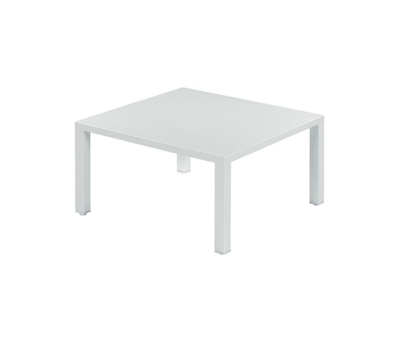 Round | 477 de EMU Group | Tables basses de jardin